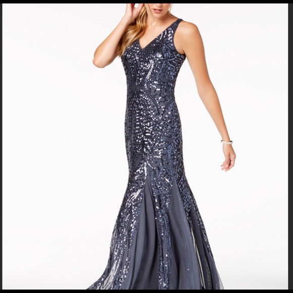 Night Way Collections Dresses & Skirts - NW Night Way Collections gown. 8P
